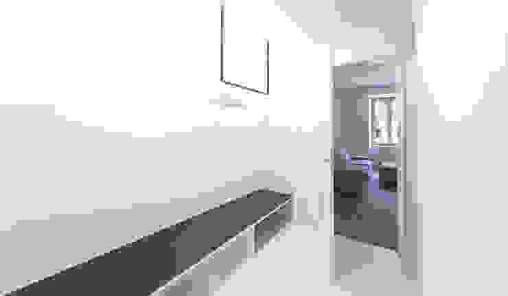 Umbau Mehrfamilienhaus München Vestidores de Brut Deluxe Architecture + Design