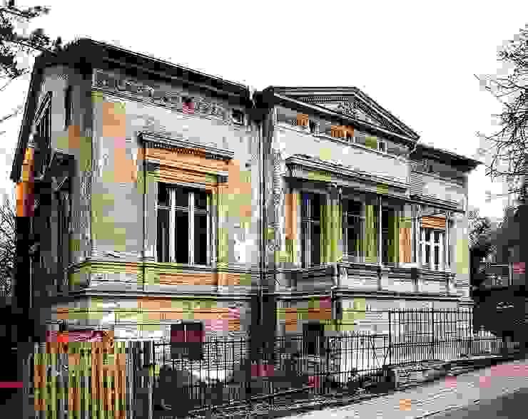 Der Bauzustand vor der Sanierung Klassische Häuser von CG VOGEL ARCHITEKTEN Klassisch