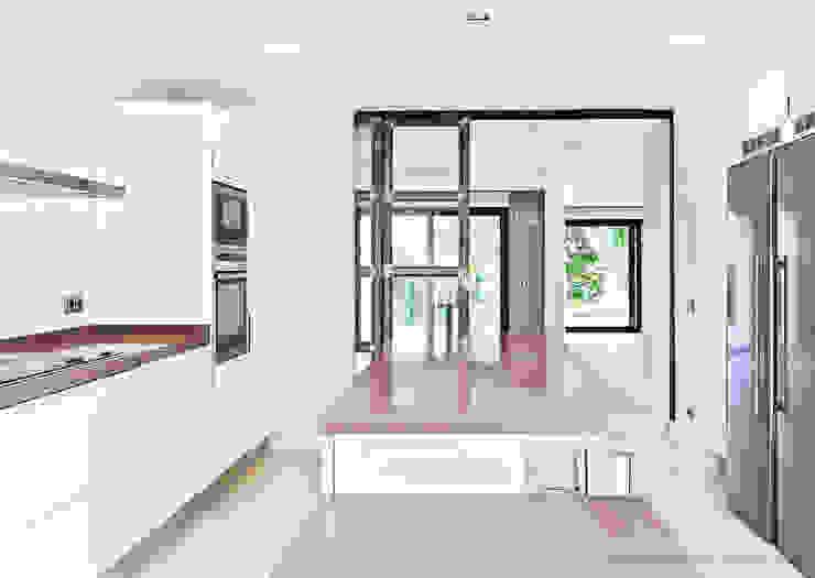modern  von RD estudio, Modern