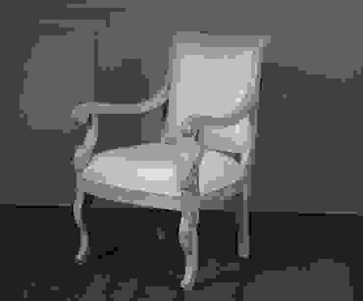 Colección II  Chair and sofa:  de estilo colonial de The best houses, Colonial