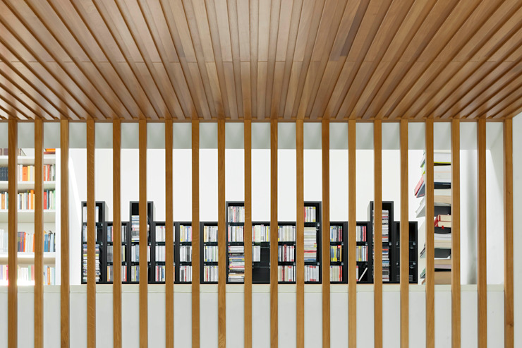 Modern living room by Luca Girardini - Photos Modern