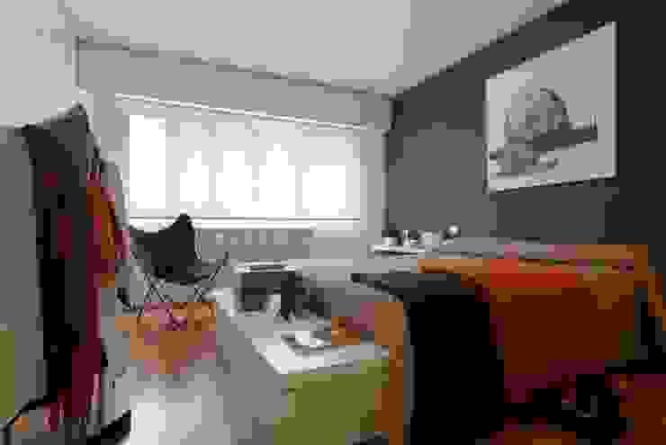 En busca de la luz. Dormitorios de estilo moderno de DOS · arquitectura Moderno