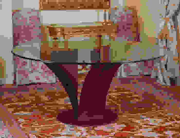 CAPITEL - mesa de comedor circular de GONZALO DE SALAS Moderno
