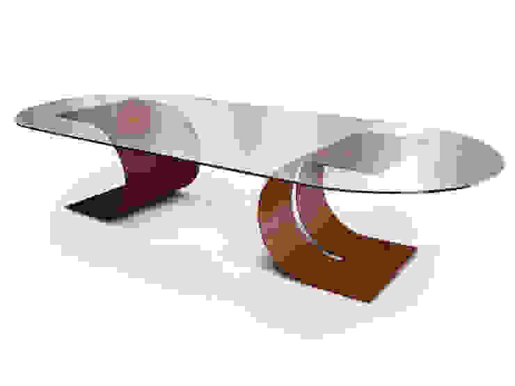 CARLOVI - mesa de comedor de GONZALO DE SALAS Moderno