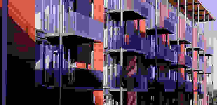 Balkone Moderne Häuser von A-Z Architekten Modern