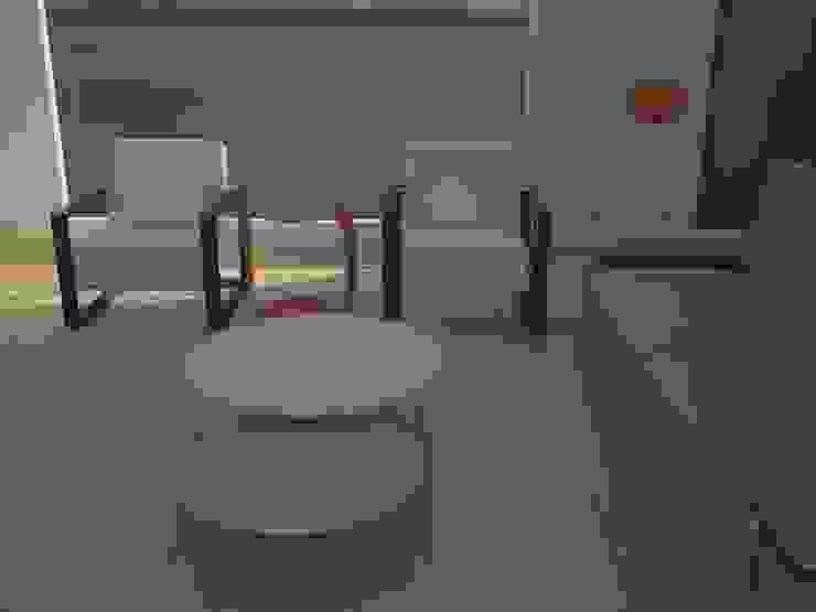 Salón-comedor. Comedores de estilo moderno de MUMARQ ARQUITECTURA E INTERIORISMO Moderno