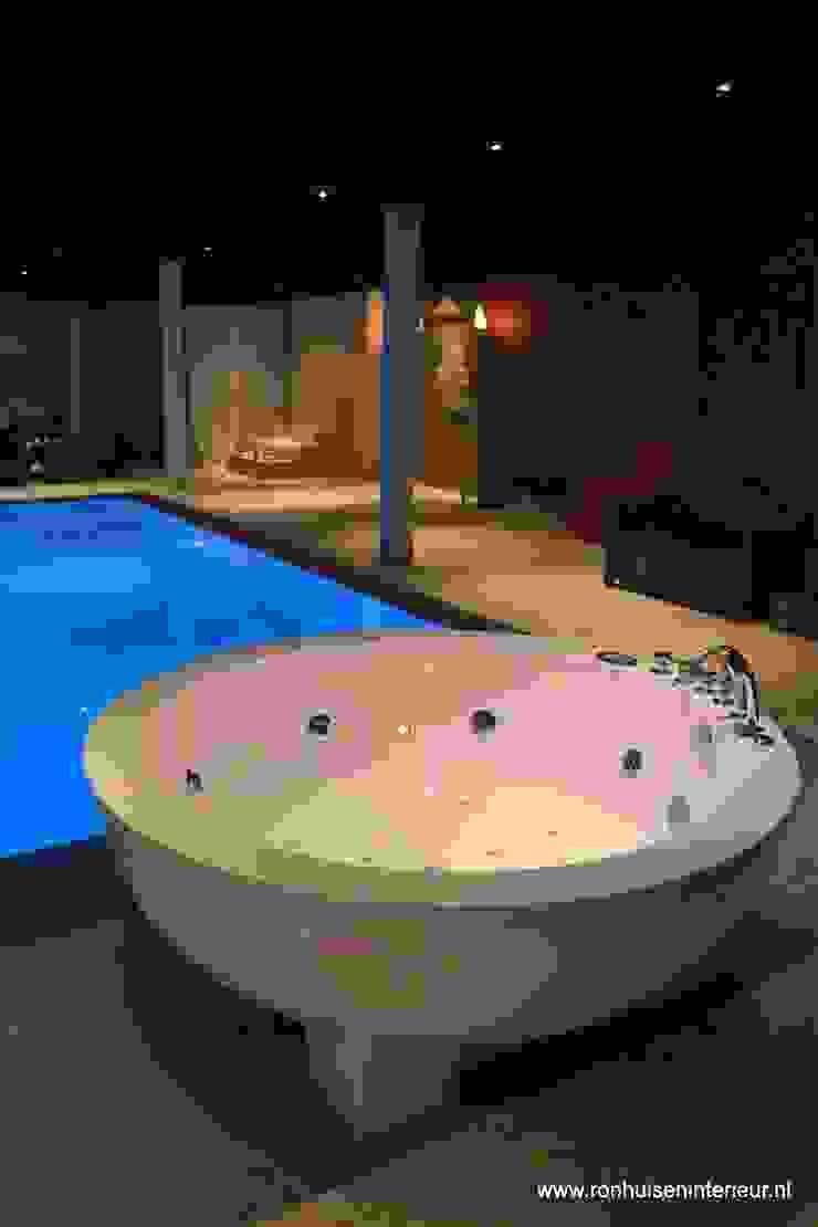 아시아스타일 수영장 by RON Stappenbelt, Interiordesign 한옥
