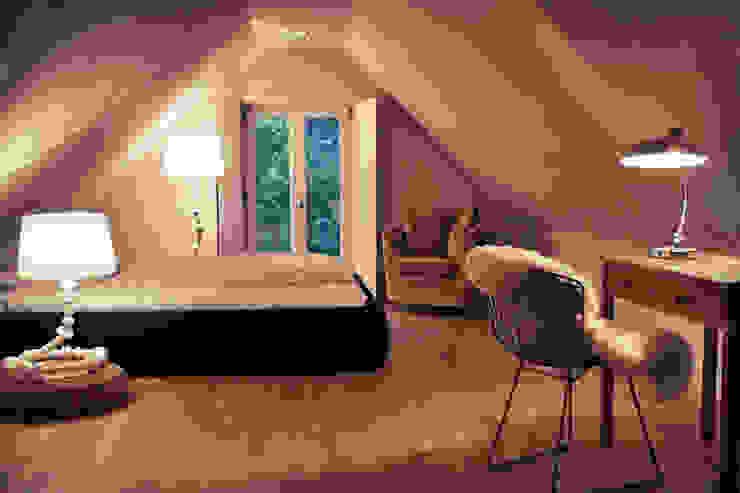 Dormitorios de estilo  de Heike Gebhard Wohnen, Moderno