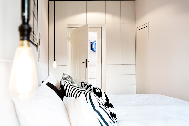 Modern Bedroom by BESPOKE GmbH // Interior Design & Production Modern