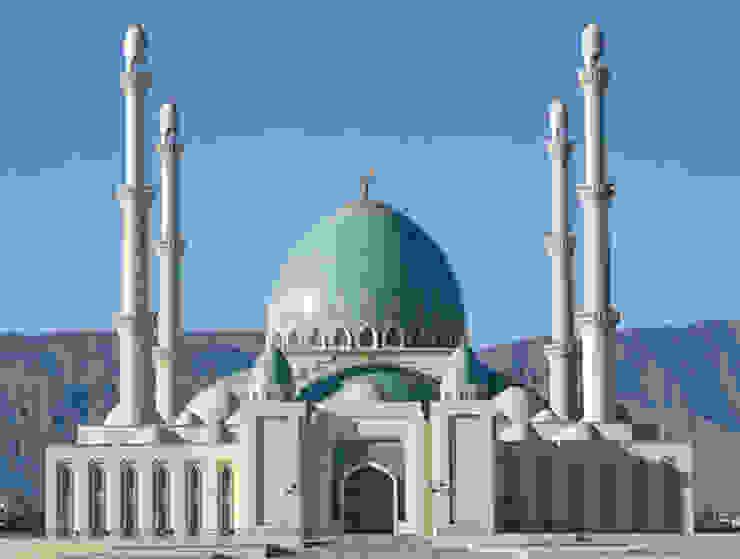 MOSCHEA GUEOK DEPE / Turkmenistan Case in stile mediterraneo di decor srl Mediterraneo