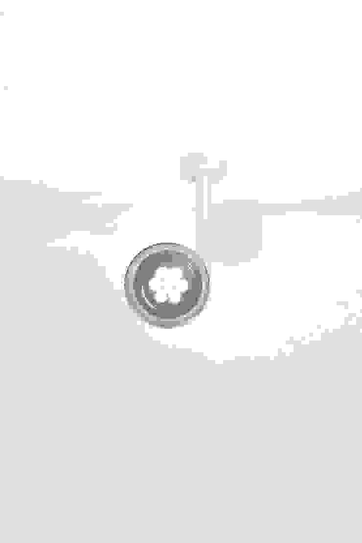 Monocle:  de estilo industrial de Luz Difusion, Industrial