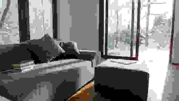 Ferienhaus | Stolte Moderne Wohnzimmer von Architekturbüro HOFFMANN Modern