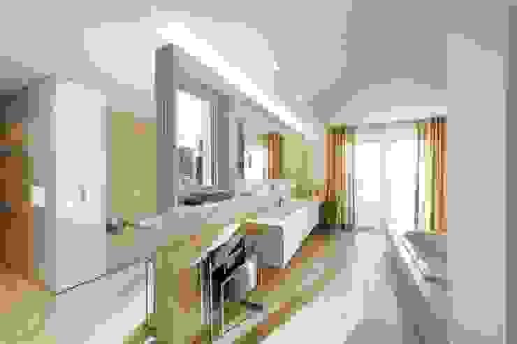 クラシックスタイルの お風呂・バスルーム の innenarchitektur-rathke クラシック
