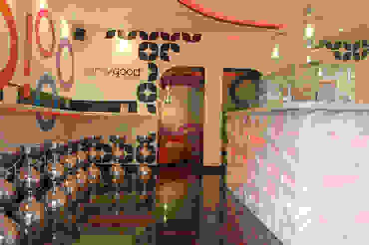 Frozen Yogurt Omygood Gastronomía de estilo moderno de FrAncisco SilvÁn - Arquitectura de Interior Moderno