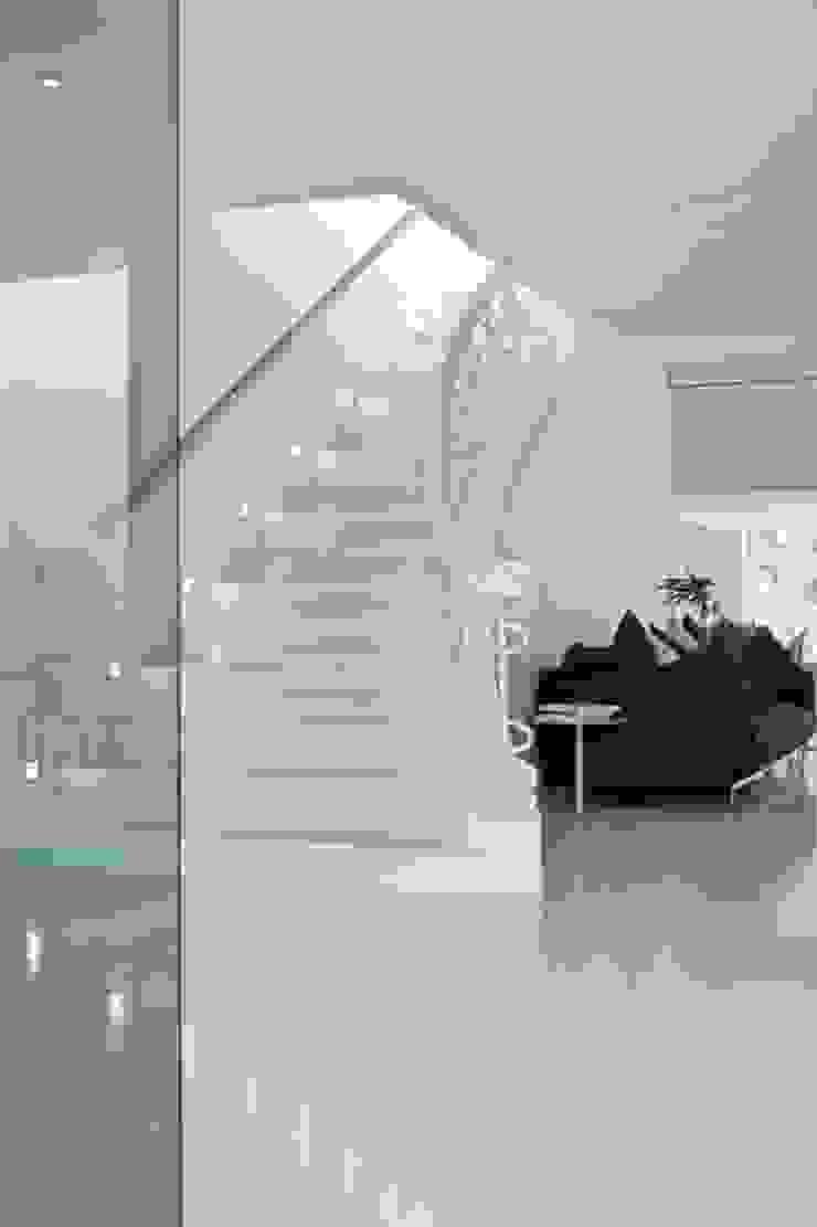 Bernadó Luxury Houses Modern corridor, hallway & stairs