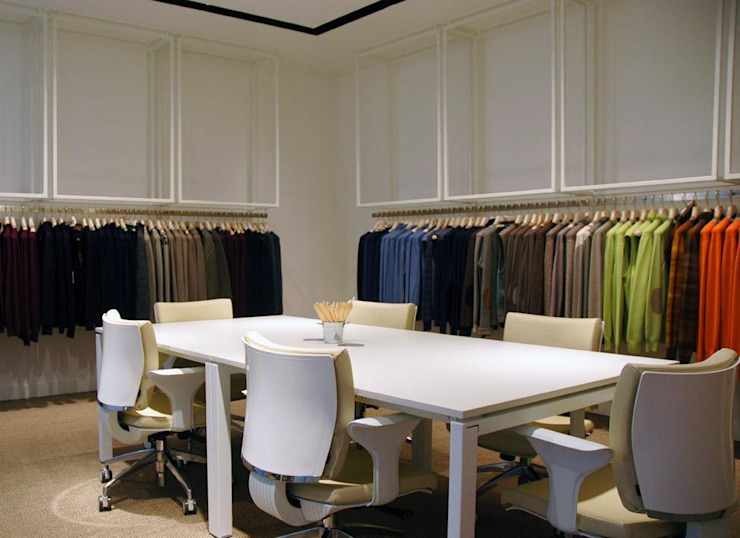 Moderne kantoor- & winkelruimten van maurizio pappalardo romina fava Modern