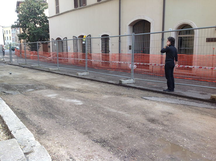 PIAZZA DELL' OLMO (UNDER COSTRUCTION) Spazi commerciali moderni di Alessio Patalocco Architetto Moderno