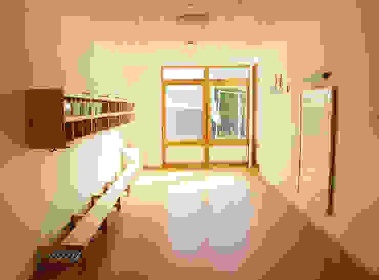 Erweiterung Kindertagesstätte | L Moderne Schulen von Architekturbüro HOFFMANN Modern