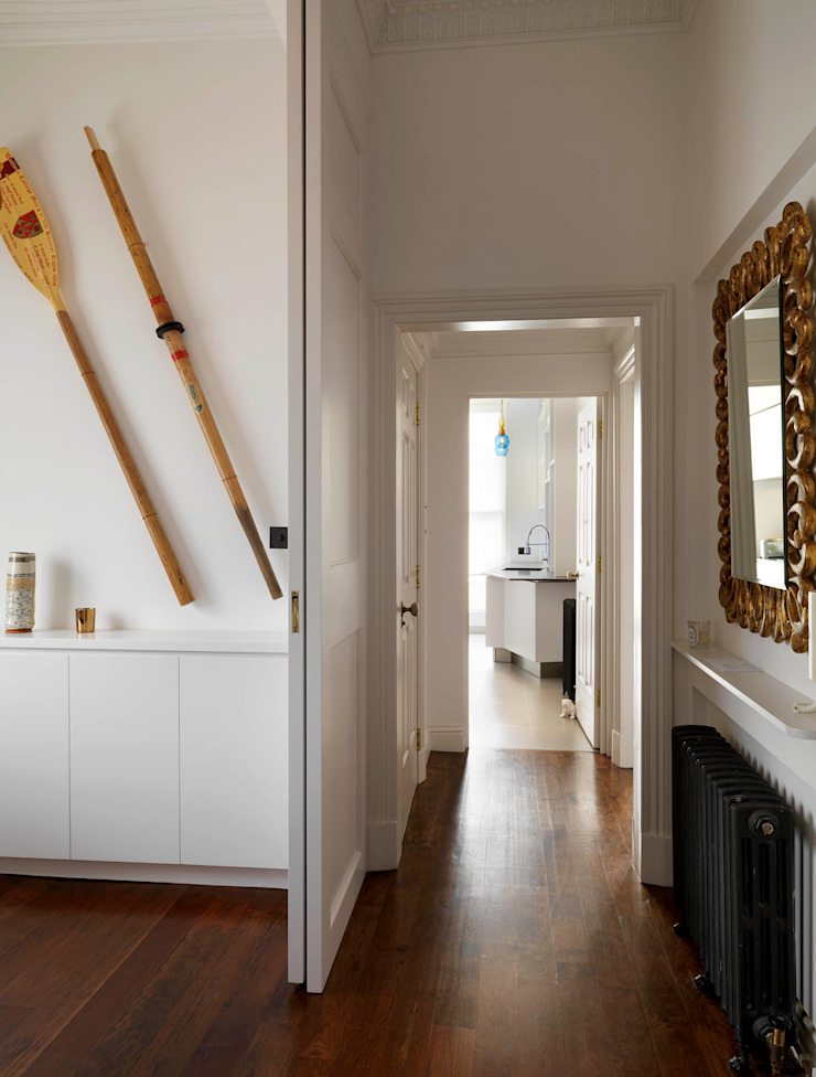 Belsize Park Gardens Corridor, hallway & stairs by Living in Space