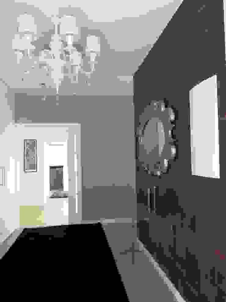 UN HOGAR PARA VIVIR Pasillos, vestíbulos y escaleras de estilo moderno de Ismael Blázquez | MTDI ARQUITECTURA E INTERIORISMO Moderno