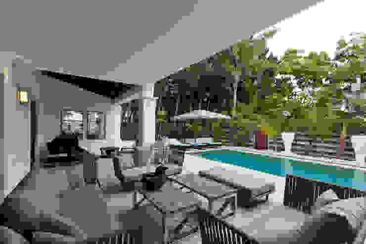 Balkon, Veranda & Terrasse im Landhausstil von Originals Interiors Landhaus