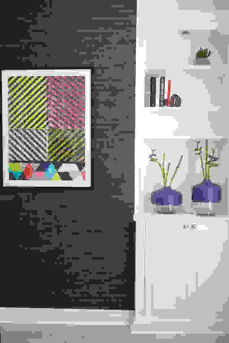 Living room by Cassidy Hughes Interior Design Modern