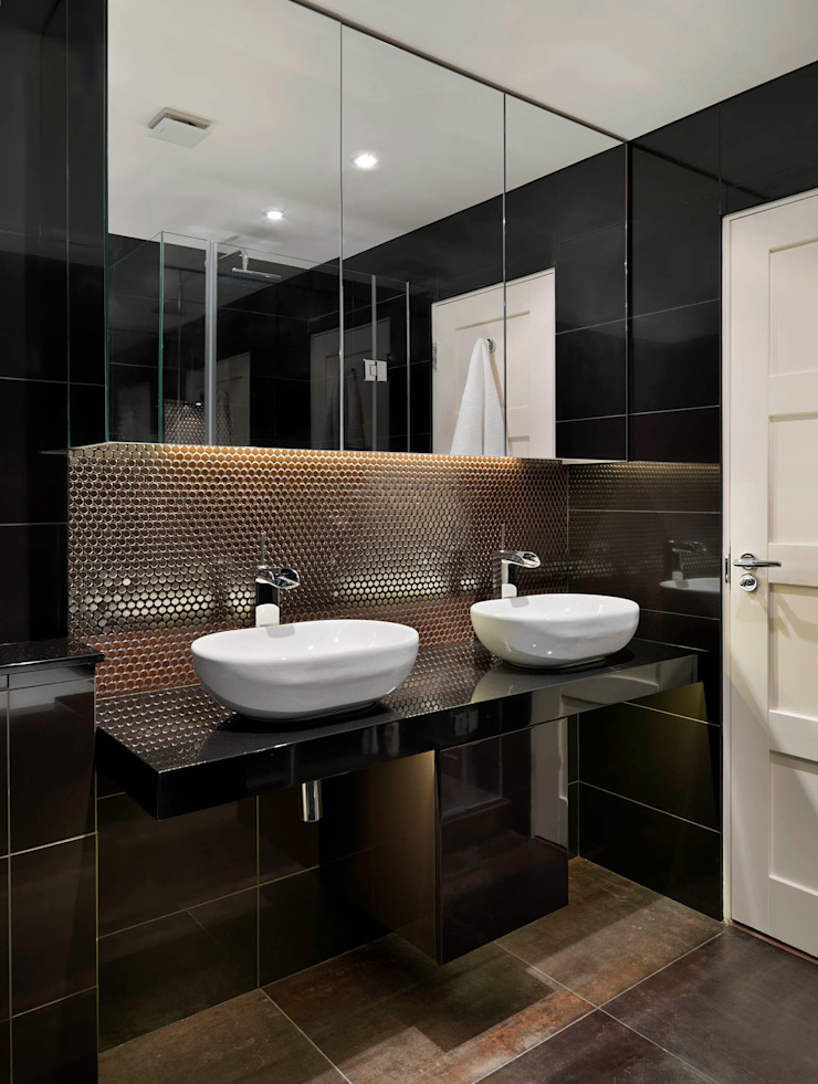 Buckland Crescent Bathroom by Living in Space