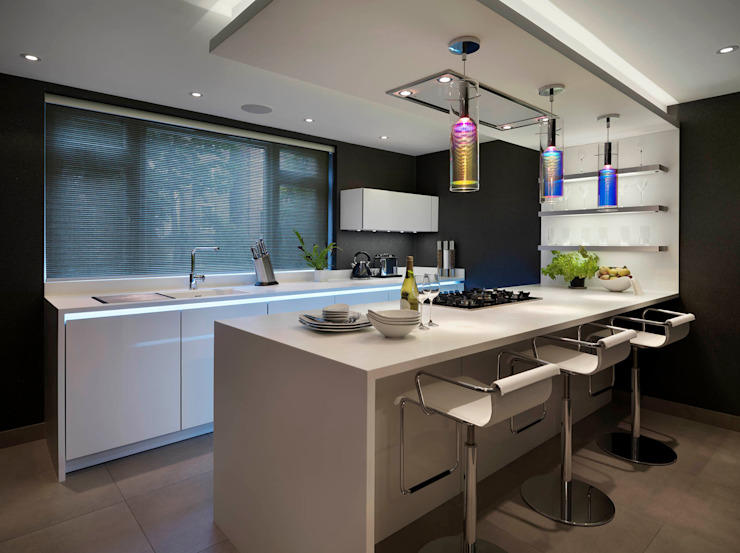 Buckland Crescent Kitchen by Living in Space