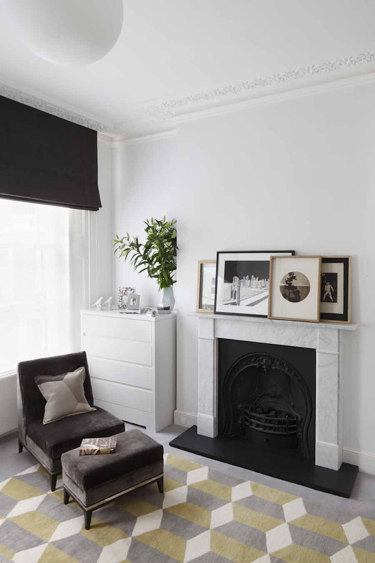 Chalcot Crescent Dressing room by Living in Space