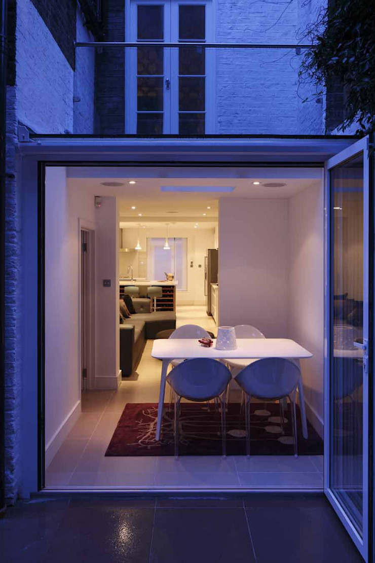 Chalcot Crescent Balcony, veranda & terrace by Living in Space