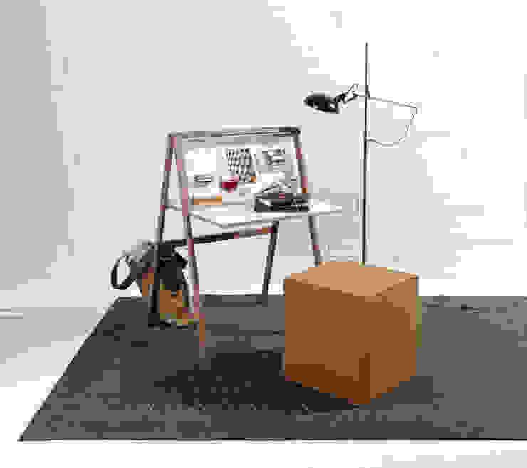 modern  by IIDEE : studio michael hilgers, Modern