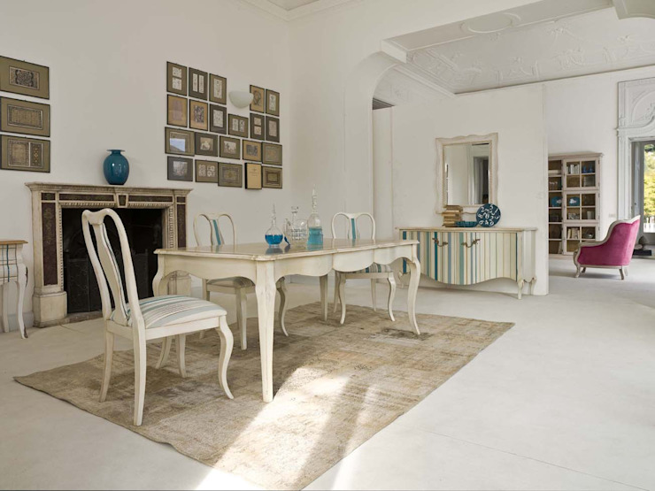 Zona de comedor Salones de estilo clásico de MUMARQ ARQUITECTURA E INTERIORISMO Clásico