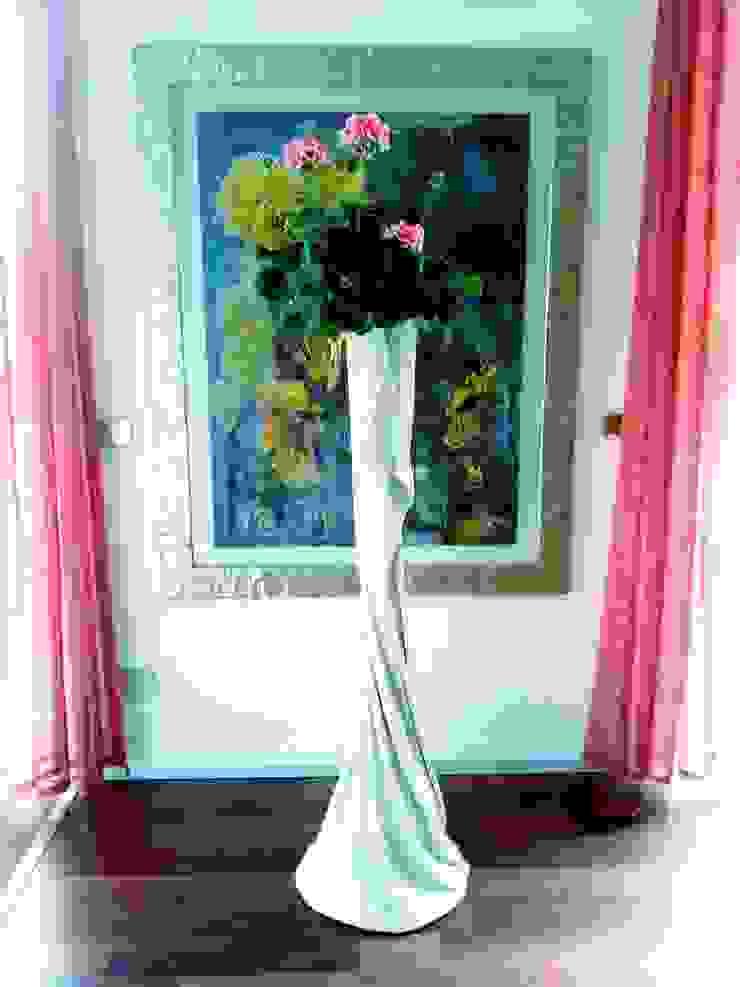 Vaso da fiori in tessuto cementato n°7-2013 di Architetto Daniele Stiavetti Moderno