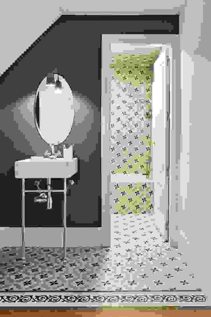 Skandinavische Badezimmer von decoraCCion Skandinavisch