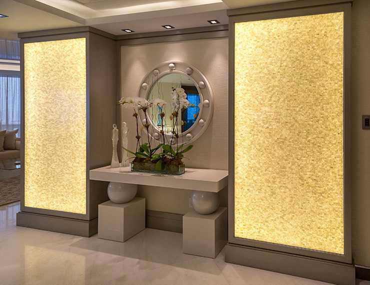 ​Pure White seamless brick freshwater back lit mother of pearl mosaic panels Modern living room by ShellShock Designs Modern