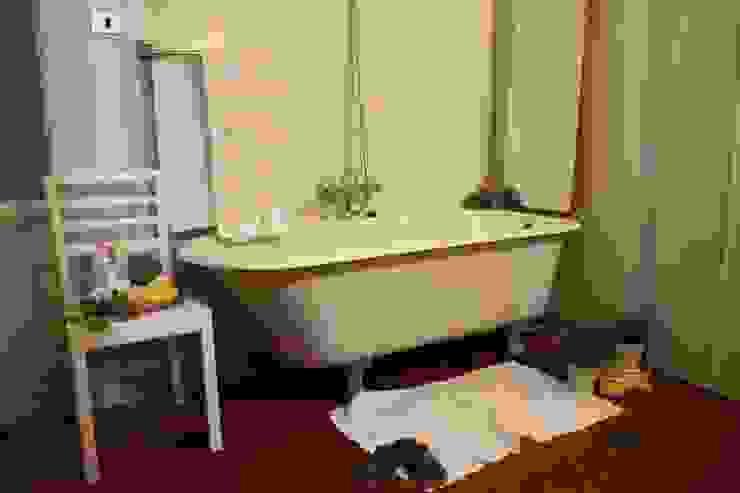sala da bagno Bagno in stile classico di Serena Barison Architetto Classico