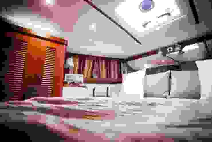 """""""Nimbus"""" Yacht - Gestaltung für Boosmesse Klassische Yachten & Jets von Münchner home staging Agentur GESCHKA Klassisch"""
