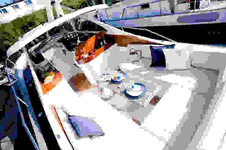 Yachtinszenierung für die Verkaufspräsentation Klassische Yachten & Jets von Münchner home staging Agentur GESCHKA Klassisch
