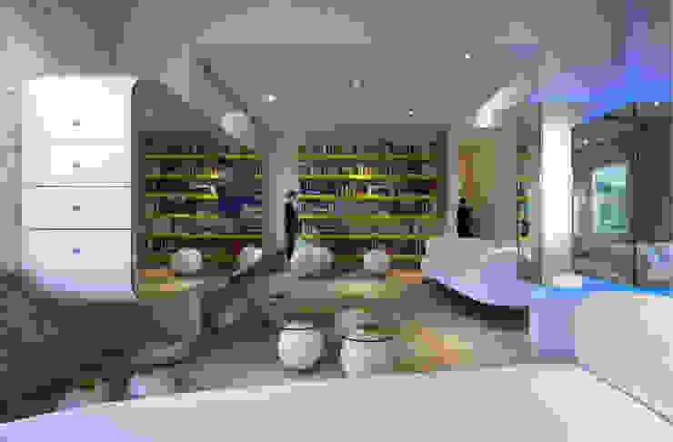 Casa Micheli Soggiorno moderno di Simone Micheli Architectural Hero Moderno