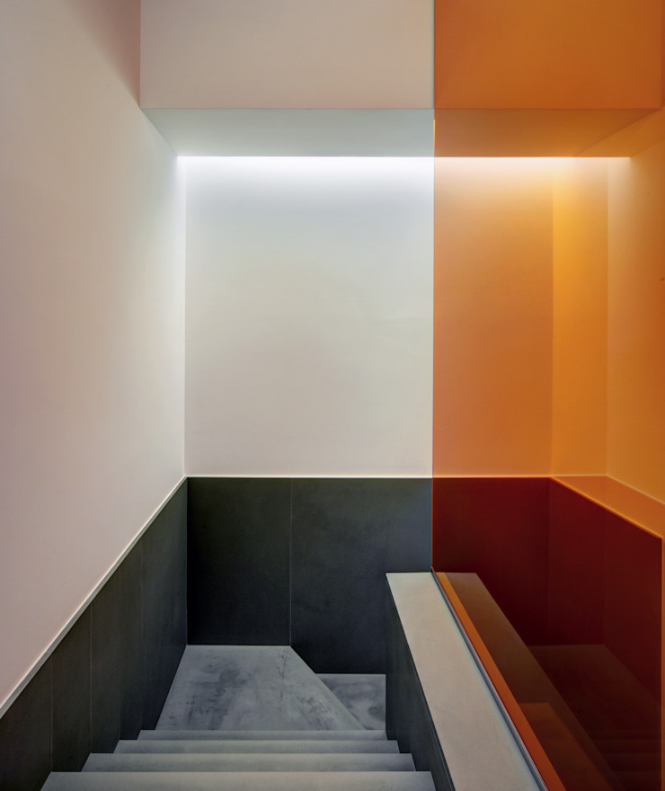 Casa Nervi Ingresso, Corridoio & Scale di Buratti + Battiston Architects