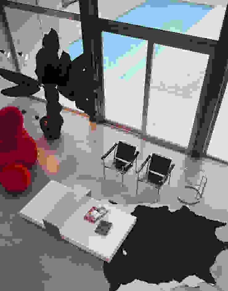 Salas de Buratti + Battiston Architects