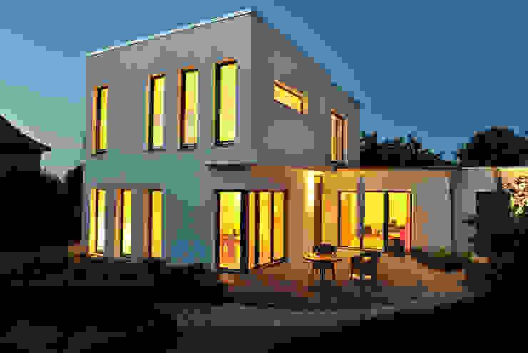 Houses by zymara und loitzenbauer architekten bda