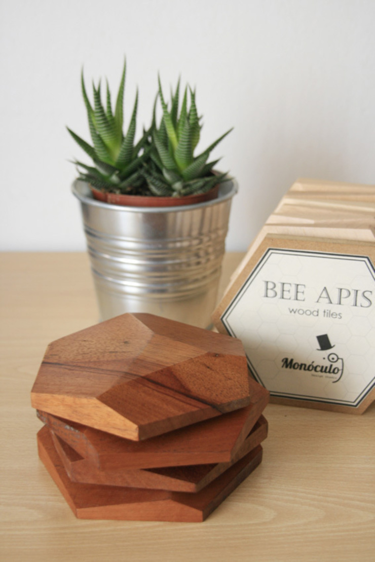 Bee Apis, módulos de madera para decorar tu pared de Monoculo Design Studio Ecléctico