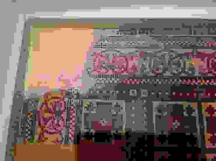 Treppenhaus Fliesenboden restauriert ,ergänzt und aufgearbeitet Illusionen mit Farbe Flur, Diele & Treppenhaus