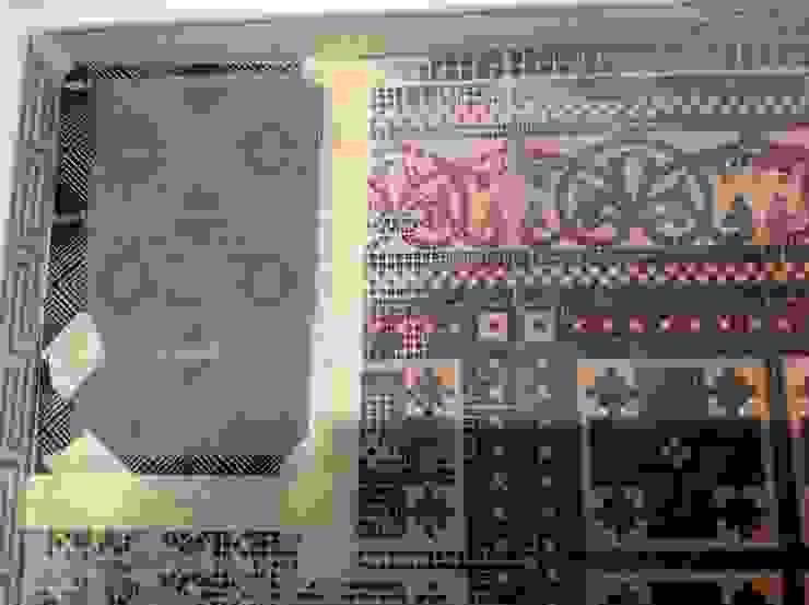 Treppenhaus Fliesenboden restauriert ,ergänzt und aufgearbeitet Illusionen mit Farbe