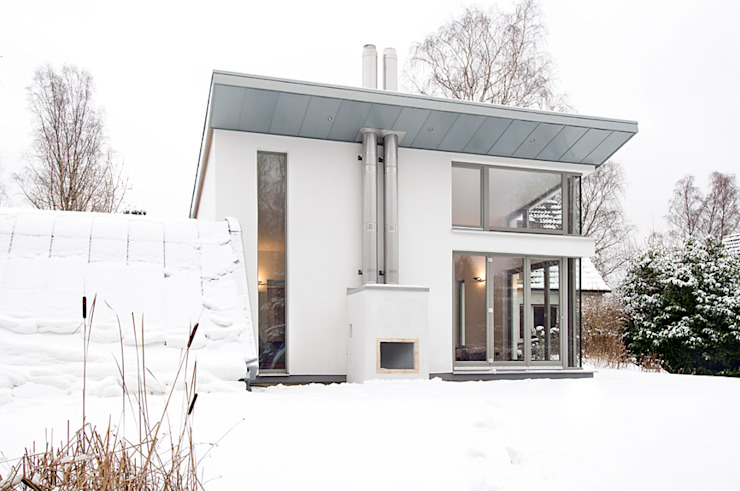 Modern houses by and8 Architekten Aisslinger + Bracht Modern