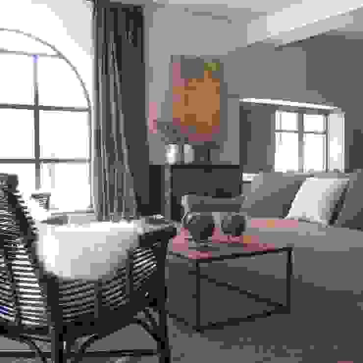 Salas de estar rústicas por interiorismo estudio apunto Rústico