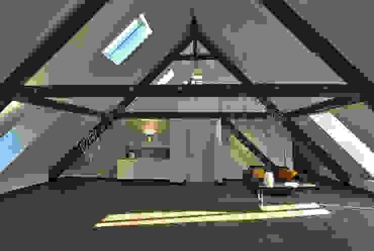 Dachloft Lichters Living Moderne Wohnzimmer