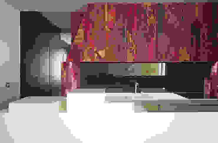 THE TRUE WOLF WEARS HIS FUR INSIDE Marcante-Testa Kitchen design ideas