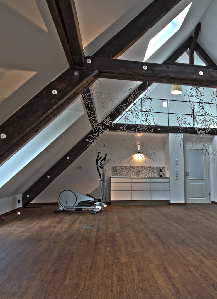 Dachloft Moderner Fitnessraum von Lichters Living Modern